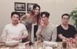 Diễn viên 'Vì sao đưa anh tới' ăn tối với bạn bè tại Việt Nam