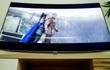 Trải nghiệm Samsung QLED Q8C mới thấy vì sao Samsung vẫn theo đuổi màn hình cong