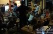 TP.HCM: Đột kích ổ cá độ bóng đá qua mạng núp bóng trong quán cà phê