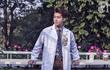 """Chàng bác sĩ phụ sản đẹp trai như diễn viên Hàn kể về những khoảnh khắc """"đỏ mặt"""" với chị em"""