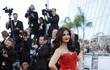 Hành trình 16 năm hóa nữ thần thảm đỏ Cannes của Hoa hậu Aishwarya Rai