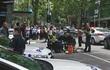 Australia: Xe ôtô lao vào đám đông, có tiếng súng nổ và 3 người chết
