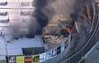 Máy bay rơi, đâm thủng nóc trung tâm thương mại ở Australia