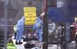 Video giây phút khủng bố lao xe vào người đi bộ trên cầu Westminster