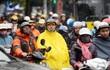 Không khí lạnh tràn về Bắc Bộ gây mưa dông diện rộng