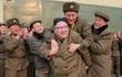 Ai dám ngồi trên lưng ông Kim Jong-un?