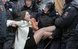 500 người bị bắt trong biểu tình lớn nhất ở Nga 5 năm qua