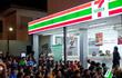 Chỉ 5 năm trước khi đóng cửa ê chề như hôm nay, 7-Eleven Indonesia từng kinh doanh cực kỳ thịnh vượng ở xứ sở vạn ngôi đền