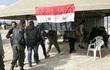 Phe đối lập ở nhiều khu vực đầu hàng, giao nộp vũ khí cho quân đội Syria