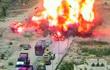 Xe tăng nghiền nát xe đánh bom liều chết, ngăn thảm kịch