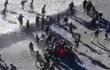 """Video: Lính Trung Quốc và Ấn Độ trút """"mưa"""" nắm đấm và gạch đá vào nhau"""