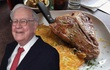 Có gì tại nhà hàng ưa thích của Warren Buffett tại New York, nơi nhiều người chi hàng triệu đô la để dùng bữa với tỉ phú giàu nhất thế giới?