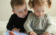 2 nguyên nhân chính gây cận thị ở trẻ em