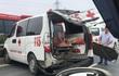 Xe cứu thương gặp tai nạn liên hoàn, bệnh nhân được xe cấp cứu khác tới đưa vào viện