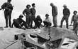 """Anh hùng phi công tiết lộ lý do hạ gục """"pháo đài bay bất khả xâm phạm"""" đầu tiên của Mỹ"""