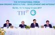 """Thủ tướng Nguyễn Xuân Phúc: """"Phát triển nông nghiệp hữu cơ là thể hiện cách sống có trách nhiệm của mỗi chúng ta cho cộng đồng, cho tương lai"""""""