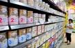 Lo loạn giá sữa: Trẻ em Việt lại uống sữa giá đắt?