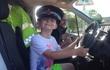Không thể hiến máu cứu người, bé 6 tuổi đã làm một việc khiến bác sĩ và cảnh sát xúc động!