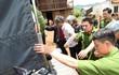 Lai Châu: Khởi tố 8 đối tượng chống người thi hành công vụ