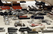 Vũ khí Mỹ tuồn theo đường bưu điện đang đổ vào Nga