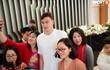 Văn Lâm, Xuân Trường bị fan vây chặt trên đường rời khách sạn về nhà