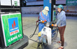 Từ 15h ngày 4/1, giá xăng giữ nguyên, tăng giá dầu diesel thêm 360 đồng/lít
