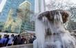 16 cảnh đóng băng giúp bạn thấu hiểu sức mạnh dữ dội của giá lạnh trời Tây