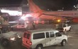 Giữa giá lạnh kỷ lục, máy bay Canada va quẹt tóe lửa trên đường băng