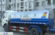 Trung Quốc: Công ty dược dùng xe bồn tưới 3.000 tấn nước thải ra đường