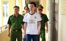Bác sĩ Hoàng Công Lương bị bắt: Cha già chực khóc khi nhắc tới con trai