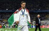 Sau siêu phẩm của Gareth Bale, Mourinho cùng Man United khấp khởi mừng thầm