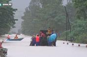 Lũ lụt khủng khiếp ở miền Trung
