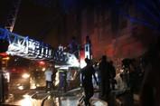 Cháy chung cư cao cấp làm 13 người chết
