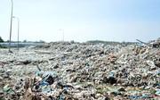 """Phát hiện hơn 300 xác thai nhi trong rác thải: """"Đa số khi thấy giấy báo bọc lại là có thai nhi"""""""