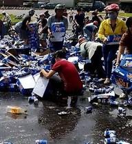 """Vụ hôi bia: Tiger phải xóa nợ vì cần """"mở nắp nồi trước khi nổ"""""""