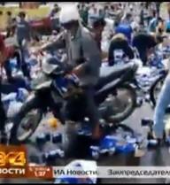 Truyền hình Nga nói về vụ hôi bia: Ở VN, rơi cái gì coi như mất!