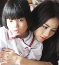 Buổi từ thiện cảm động của Hoa hậu Trần Thị Quỳnh