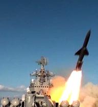 Xem tuần dương hạm Moskva phóng 'mưa' tên lửa trên biển