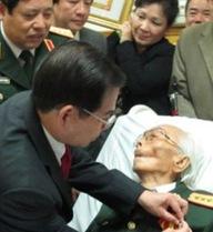 Nguyên tư lệnh đặc công choáng váng khi nghe tin Đại tướng ra đi