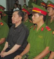 Buộc Dương Chí Dũng nộp lại 150 triệu tiền quà biếu