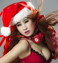 DJ Oxy nóng bỏng mừng Noel tại Hà Nội