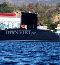 Tàu ngầm Kilo Hà Nội lần đầu tiến ra Biển Đông