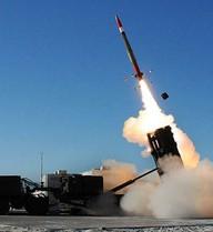 Mỹ mong bán chạy tên lửa phòng không nhờ khủng hoảng Ukraine