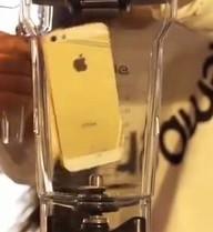 Clip Anh không đòi quà version 2 gây sốc: Xay nát iPhone 5S