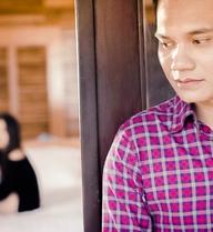 Khắc Việt nuốt nước mắt để bạn gái về với tình cũ
