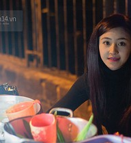 """""""Hot girl bánh tráng trộn"""" ở Đà Lạt bị phàn nàn vì """"chặt chém"""" khách du lịch"""