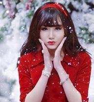 Ảnh Noel xinh ngất ngây của hotgirl Ngân Búng