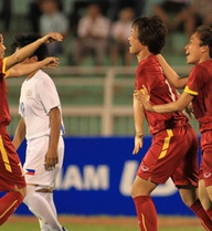 """Chủ nhà thắng sốc 17-0, Việt Nam tăng tốc, """"hủy diệt"""" Philippines?"""