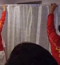 """Sao Trung Quốc sống giữa """"khu ổ chuột"""" ở Olympic, đến điện cũng tậm tịt"""