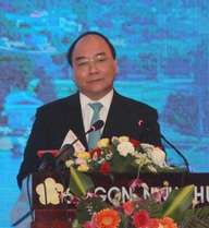 """Thủ tướng Nguyễn Xuân Phúc: """"Cá phải bơi được trong nước thải"""""""